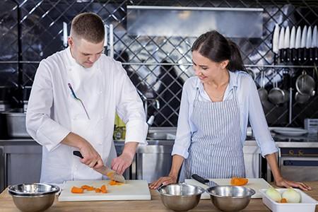 DEOS PP pomocnik kuharja mladi
